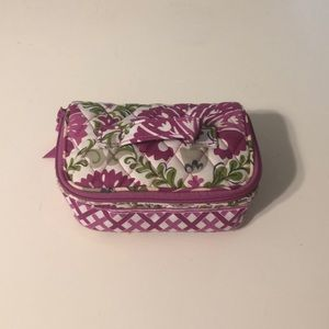 Adorable jewelry travel organizer
